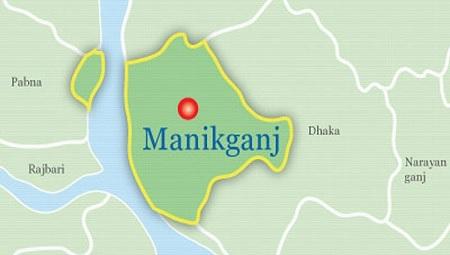 One dies as truck overturns in Manikganj