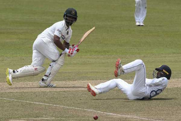 Sri Lankan spinners claw back after Tamim quickfire fifty