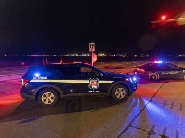 2 killed in shooting at Wisconsin casino; gunman slain