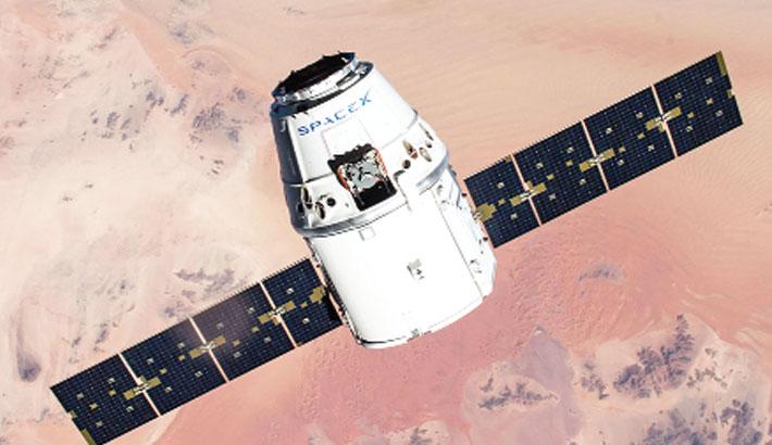 SpaceX capsule leaves ISS