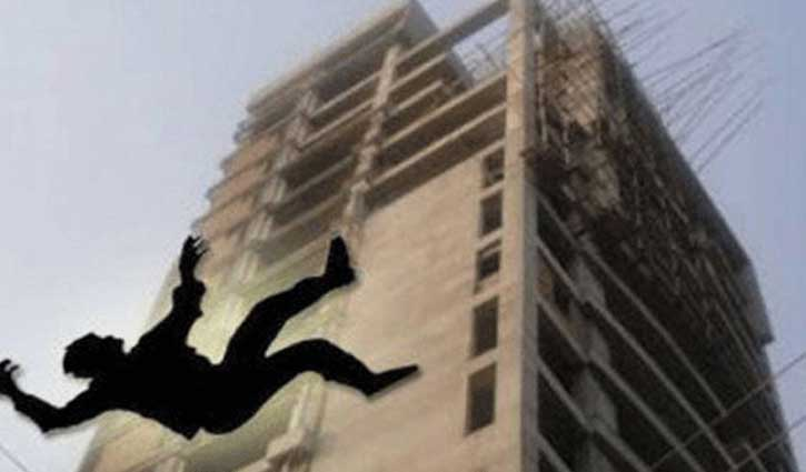 Worker dies falling off under-construction building in Khulna