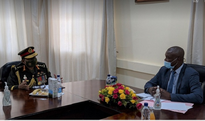 Army chief pays courtesy call on Zambia's acting defence minister