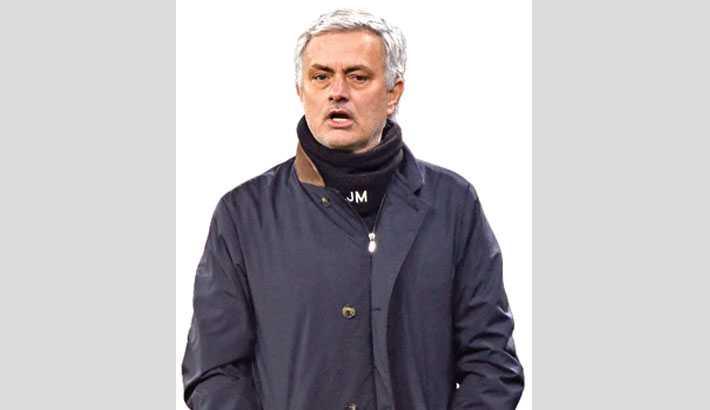 Mourinho joins Roma on three-year deal