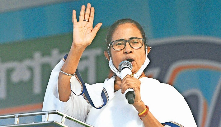 Free vaccine for all, adequate oxygen supply to states: Mamata Banerjee to PM Modi