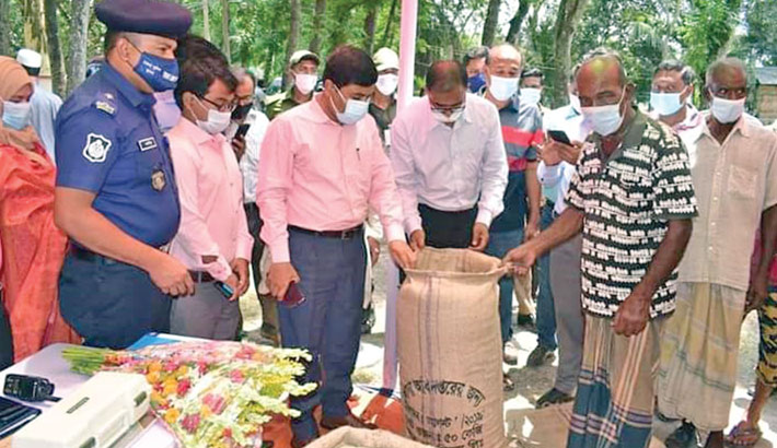 Inaugurates paddy procurement