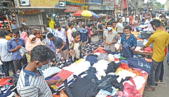 Vendors of makeshift shops set up on footpaths