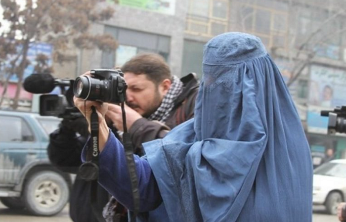 Taliban threatens media outlets over gov't collusion