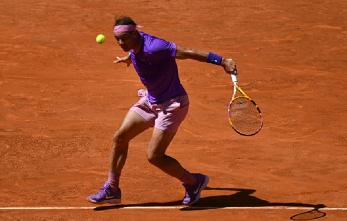 Nadal reaches Madrid last eight as rivals falter, Barty in final
