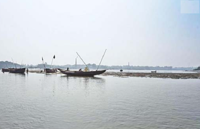 1000 metres illegal fishing net seized from Halda River-551712