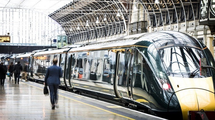 High-speed rail services cancelled in London after cracks found in trains