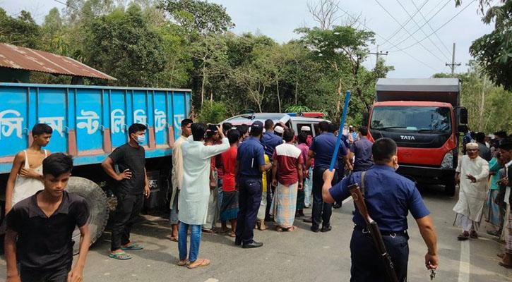 3 killed as truck, auto-rickshaw collide head-on in Chattogram