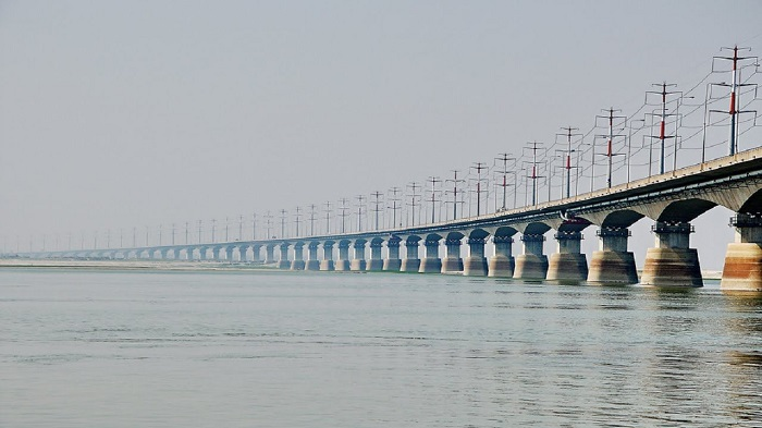 31,802 vehicles crossed Bangabandhu Bridge in last 24-hr