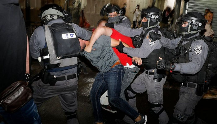 More than 300  Palestinians hospitalised in Jerusalem clashes
