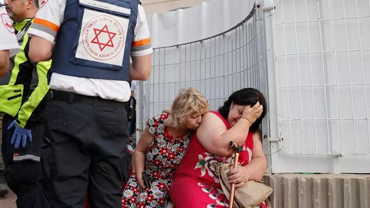 Fear, defiance in Israeli city under rain of Gaza rockets