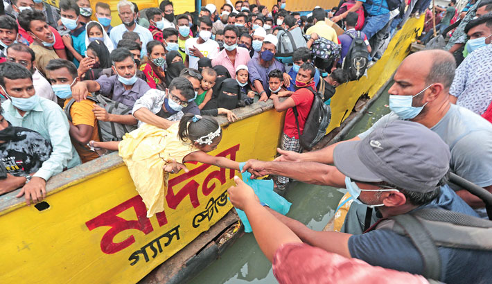 Homebound people scramble for vehicles