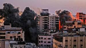 Hamas fires rockets at Tel Aviv as Israel hits Gaza with airstrikes