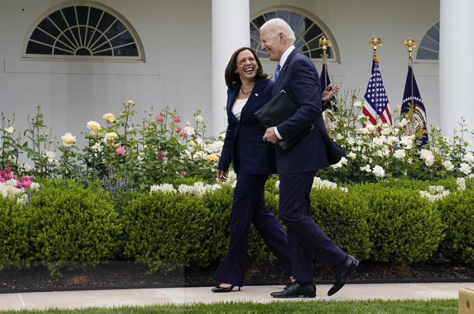 Joe Biden calls lifting of indoor mask rule