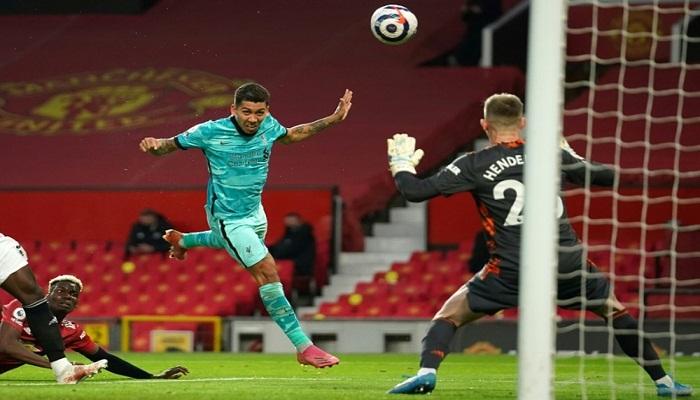 Liverpool beat Man Utd to boost chances of Champions League return