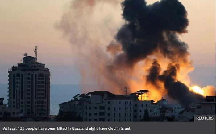 Israel-Gaza violence: US envoy arrives for de-escalation talks