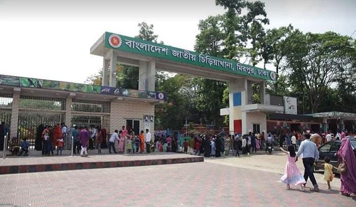 Many visitors stumble at closed zoo, park