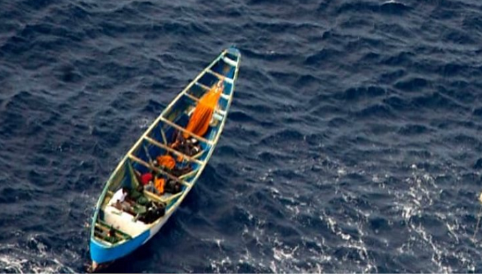Teenage girl found in boat drifting for 22 days at sea