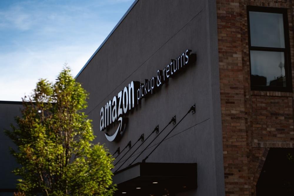 E-commerce giant Amazon blocks Chinese merchants for alleged suspicious behavior