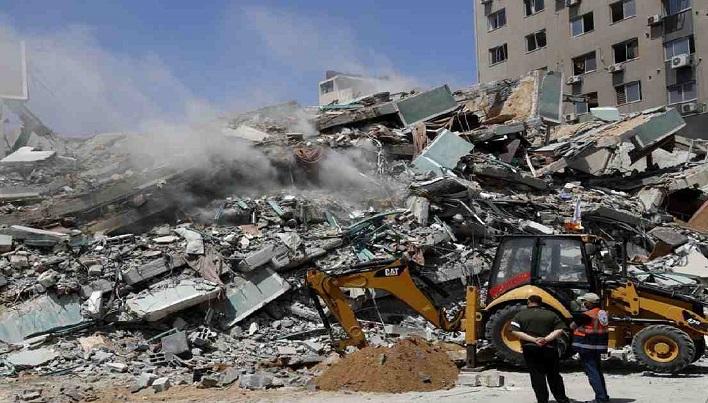 Israeli strikes kill 42, topple buildings in Gaza City