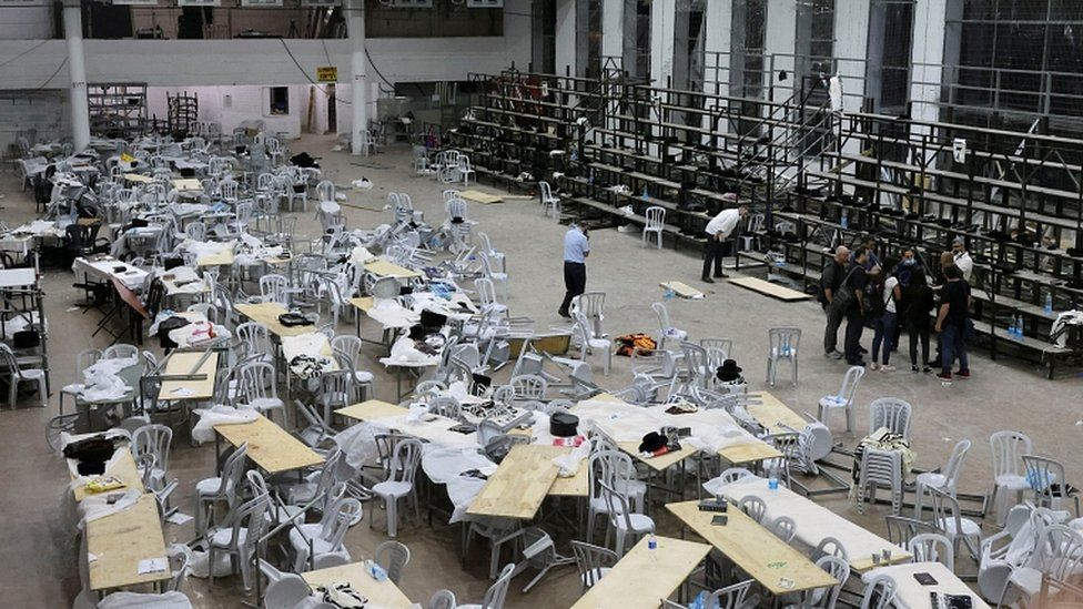 2 killed, over 160 hurt as synagogue stands collapse near Jerusalem