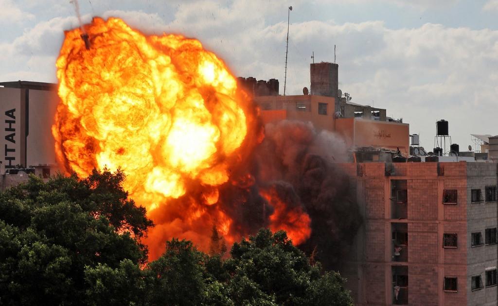Gaza death toll climbs to 212 as Israeli air raids continue