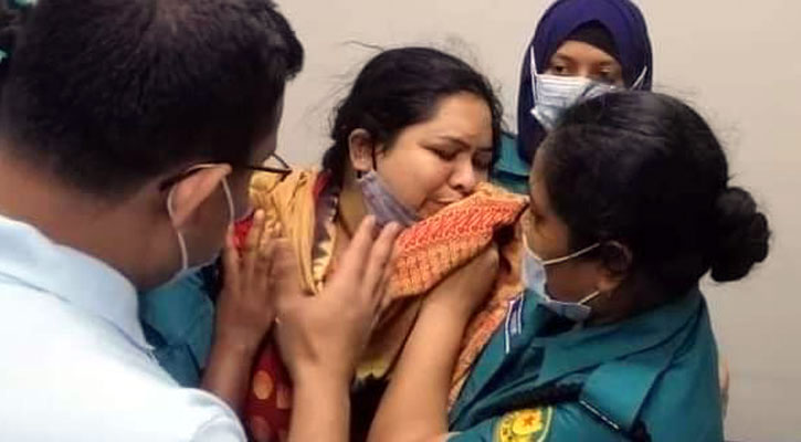 Journo Rozina taken to court, police seek 5-day remand