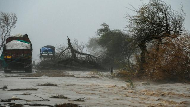 20 die as monster cyclone batters Covid-stricken India's west coast