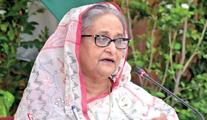 Glory came thru struggles, says PM