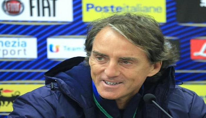 Mancini names pre-Euro 2020 friendly squad after extending Italy deal
