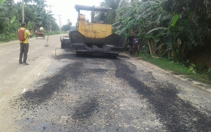 Use of Low-quality Bitumen: Road repairs drain out huge public money
