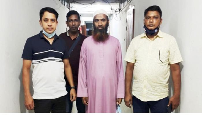 Hefazat leader Mufti Farooq arrested in Bishwanath