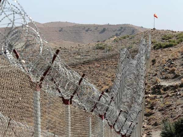 Afghanistan-Pakistan border an escape route for terrorists, transit point for explosives: Coalition forces General