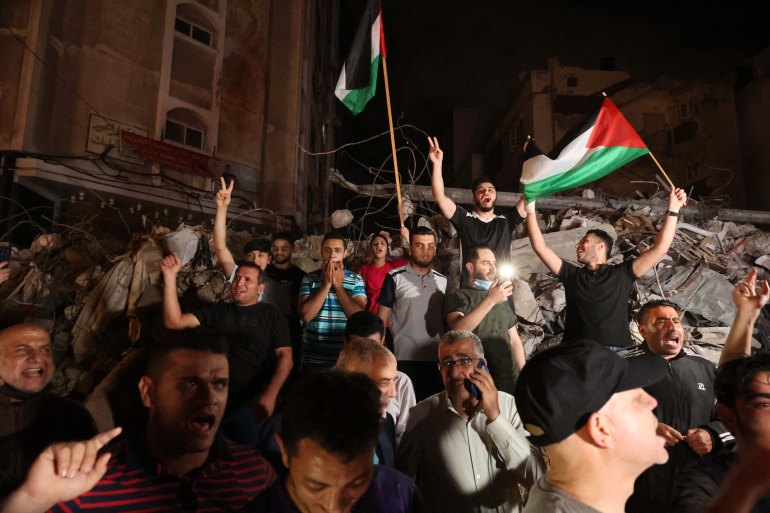 Israel-Palestinian ceasefire comes into force