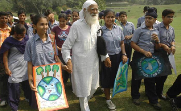Noted environmentalist Sunderlal Bahuguna dies of Covid-19