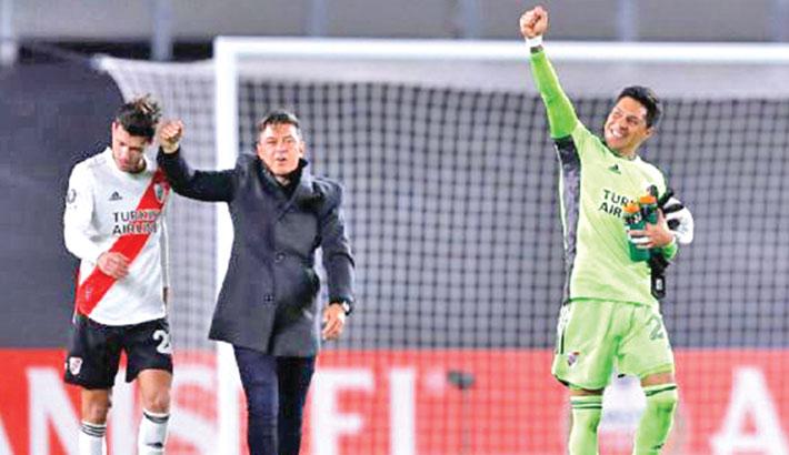 Keeper-less River Plate secure memorable Copa Libertadores win