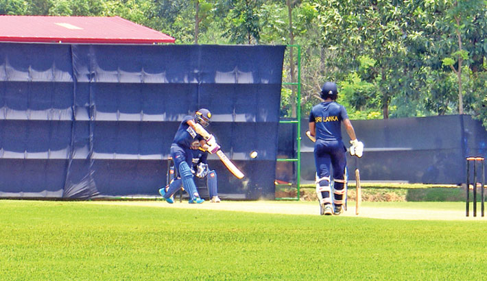 Mendis-led side clinch nail-biting win in warm-up game