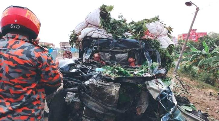 Driver, helper killed in Chattogram road mishap