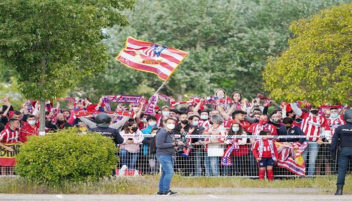 Teenage Atletico fan dies in title celebration tragedy