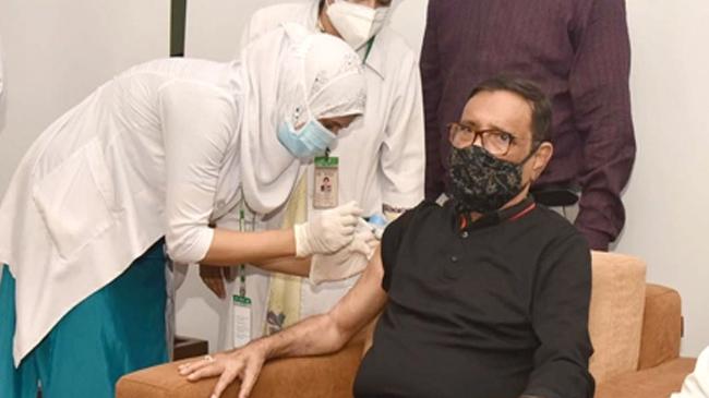 Quader receives second dose of Covid-19 vaccine
