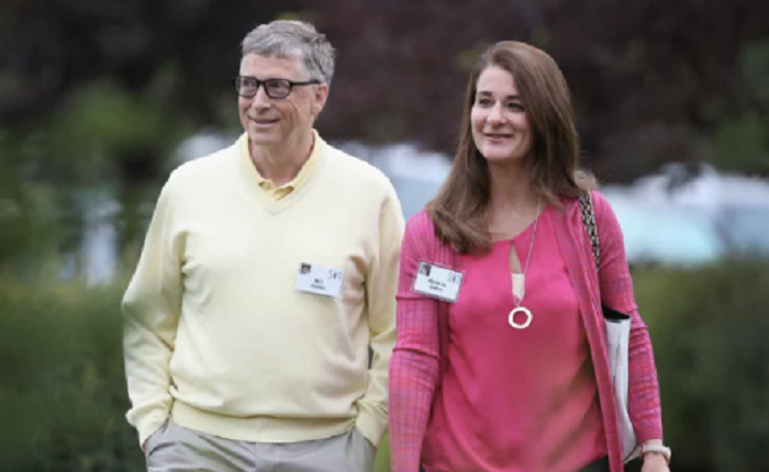 Bill Gates at risk of being ctrl-alt-deleted from his high perch