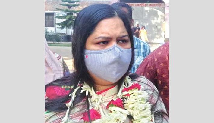 Rozina freed from jail on bail