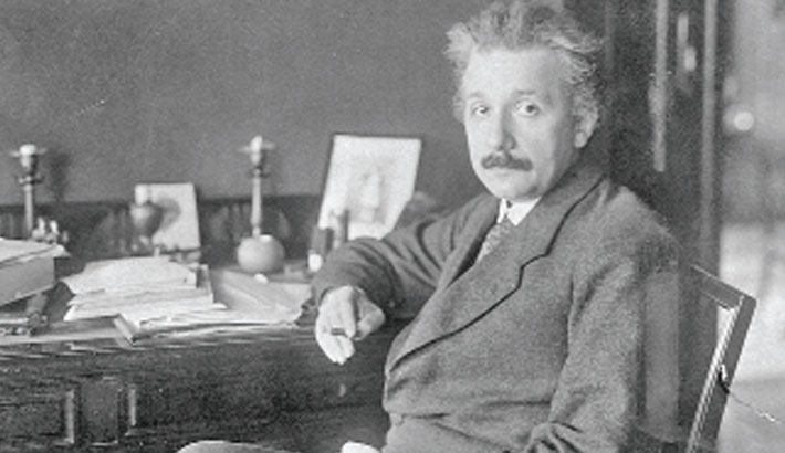 Einstein equation letter fetches $1.2m at auction