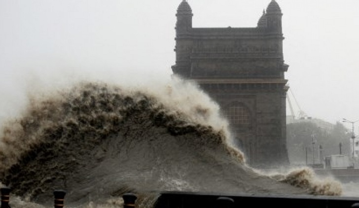 Mass evacuations as second cyclone in a week forms off India