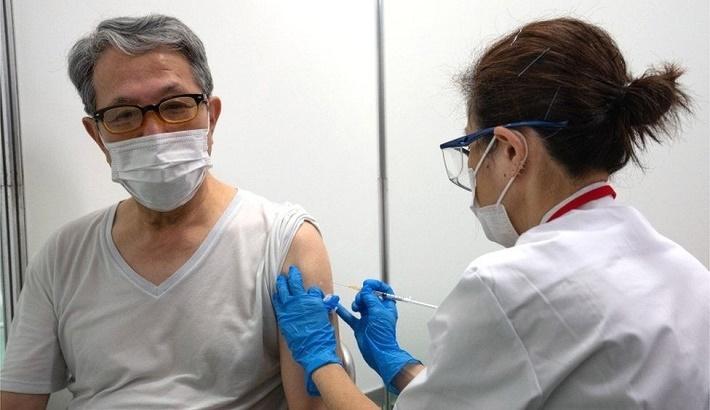 Japan mass vaccinations begin in Tokyo and Osaka amid Covid surge