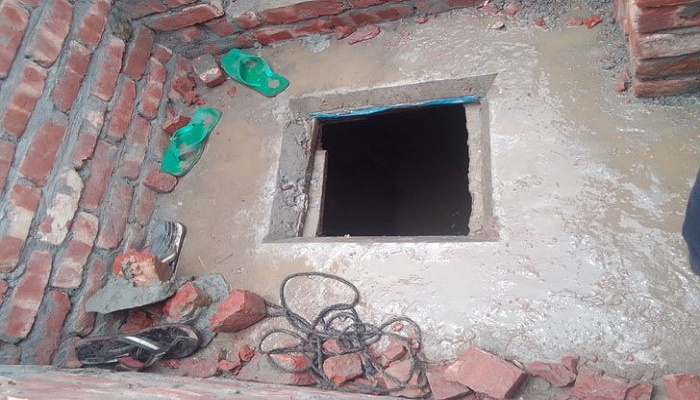 6 pieces of body found at mosque's septic tank in city, Imam held