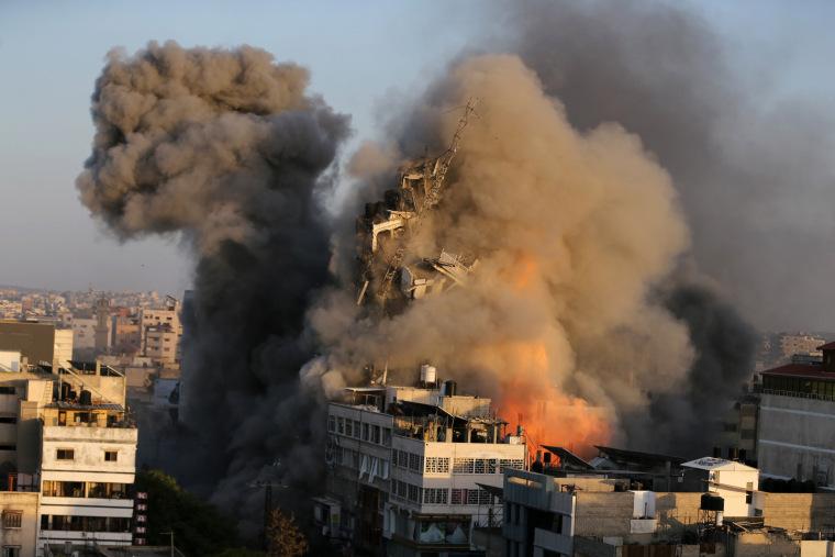 Death toll from Israeli airstrikes on Gaza reaches 253: medics